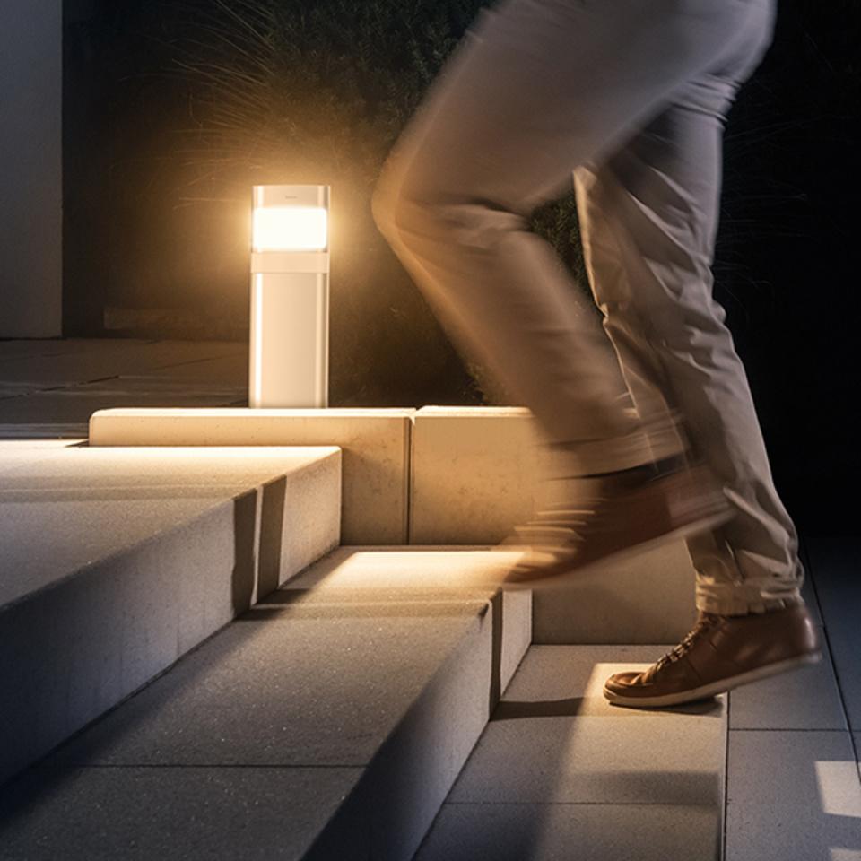 LED-Poller-Leuchte Gartenleuchte lang 8.5 Watt aluminium Design-Aussenlampe Theben 1020706 theLeda D BL plus AL